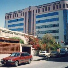 Отель Delmon Palace Дубай парковка