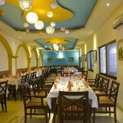Отель Kathmandu Guest House by KGH Group Непал, Катманду - 1 отзыв об отеле, цены и фото номеров - забронировать отель Kathmandu Guest House by KGH Group онлайн питание фото 2