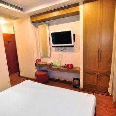 Отель ZEN Rooms Surawong удобства в номере фото 2