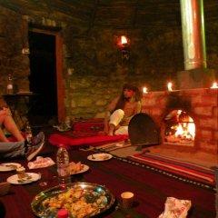 Отель Why not bedouin house Иордания, Вади-Муса - отзывы, цены и фото номеров - забронировать отель Why not bedouin house онлайн питание фото 2
