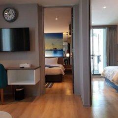 Отель Bizotel Bangkok Бангкок удобства в номере фото 2