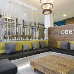 Отель Tryp Madrid Airport Suites интерьер отеля