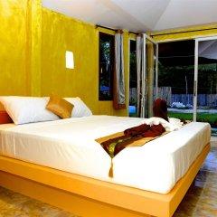 Отель Angel Green Garden Bungalows Самуи сейф в номере