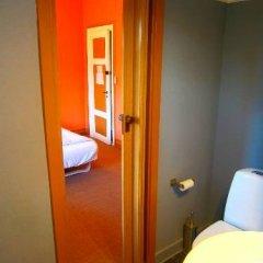 Отель Det Lille Дания, Оденсе - отзывы, цены и фото номеров - забронировать отель Det Lille онлайн ванная