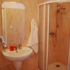 Апартаменты Generous Attic Apartment ванная фото 2