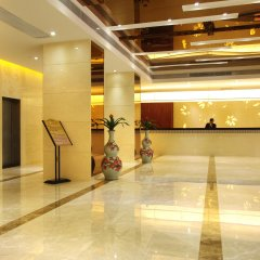 Overseas Chinese Friendship Hotel интерьер отеля