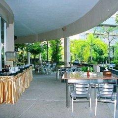 Отель The Leela Resort & Spa Pattaya Таиланд, Паттайя - отзывы, цены и фото номеров - забронировать отель The Leela Resort & Spa Pattaya онлайн питание фото 2