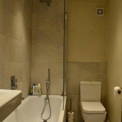 Отель Chic 2 Bedroom Flat By Warwick Avenue Великобритания, Лондон - отзывы, цены и фото номеров - забронировать отель Chic 2 Bedroom Flat By Warwick Avenue онлайн ванная