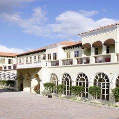Spanish Court Hotel парковка