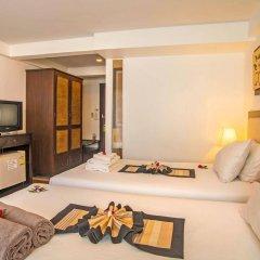 Отель Aonang All Seasons Beach Resort сейф в номере