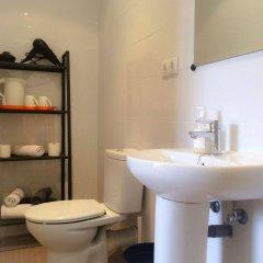 Отель Barcelona City Ramblas - Pensión Canaletas Испания, Барселона - 1 отзыв об отеле, цены и фото номеров - забронировать отель Barcelona City Ramblas - Pensión Canaletas онлайн ванная