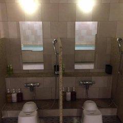 Отель First Cabin Atagoyama Япония, Токио - отзывы, цены и фото номеров - забронировать отель First Cabin Atagoyama онлайн ванная фото 3