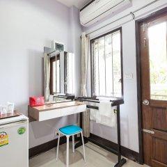 Отель ZEN Rooms Nasa Mansion удобства в номере фото 2
