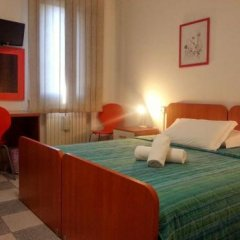 Отель Affittacamere Due Mori Италия, Региональный парк Colli Euganei - отзывы, цены и фото номеров - забронировать отель Affittacamere Due Mori онлайн комната для гостей фото 3