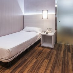 Отель Hostal Operaramblas комната для гостей фото 2