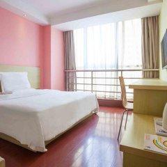 Отель 7 Days Inn Jiangmen 1st Gangkou Road Phoenix Mountain Station Branch комната для гостей