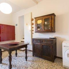 Отель House Zamboni 12 Италия, Болонья - отзывы, цены и фото номеров - забронировать отель House Zamboni 12 онлайн удобства в номере фото 2