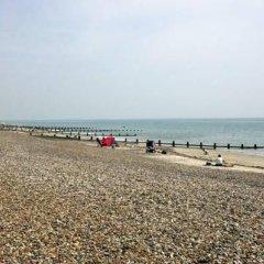 YHA Littlehampton - Hostel пляж