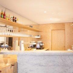 Отель MONTHOLON Париж гостиничный бар