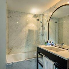 Отель H10 Puerta de Alcalá ванная