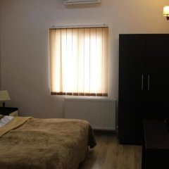 Getaway Hotel Тбилиси сейф в номере