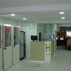 Отель Pensión Santa Fe Испания, Фуэнхирола - отзывы, цены и фото номеров - забронировать отель Pensión Santa Fe онлайн интерьер отеля
