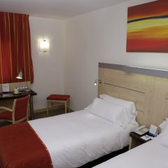 Отель Holiday Inn Express Malaga Airport комната для гостей