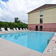 Отель Comfort Suites Wilmington бассейн фото 2