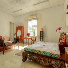 Отель French Villa In Saigon Centre комната для гостей