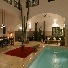 Отель Riad Dar Massaï Марокко, Марракеш - отзывы, цены и фото номеров - забронировать отель Riad Dar Massaï онлайн бассейн фото 3