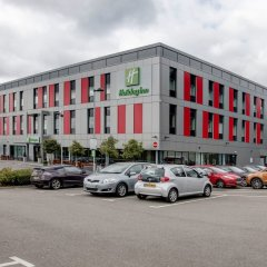 Отель Holiday Inn London - Luton Airport парковка