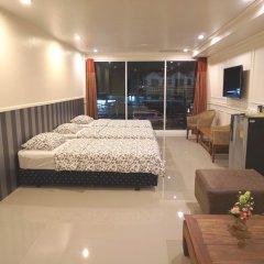 Отель Phuket Airport Suites & Lounge Bar - Club 96 Улучшенный люкс с различными типами кроватей фото 2