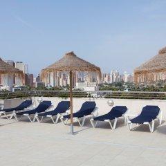 Отель Deloix Aqua Center Испания, Бенидорм - отзывы, цены и фото номеров - забронировать отель Deloix Aqua Center онлайн пляж фото 2