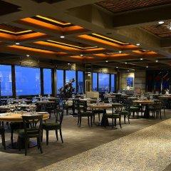 Hilton Istanbul Bosphorus Турция, Стамбул - 5 отзывов об отеле, цены и фото номеров - забронировать отель Hilton Istanbul Bosphorus онлайн питание