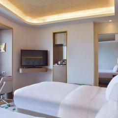 Hilton Istanbul Kozyatagi Турция, Стамбул - 3 отзыва об отеле, цены и фото номеров - забронировать отель Hilton Istanbul Kozyatagi онлайн удобства в номере