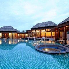 Отель APSARA Beachfront Resort and Villa бассейн фото 2