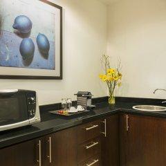 Отель Four Points by Sheraton Sheikh Zayed Road, Dubai Дубай удобства в номере