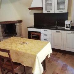 Отель Il Roccolo Di Valcerasa Трайа в номере