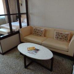 Гостиница Мартон Палас 4* Стандартный номер с двуспальной кроватью фото 10