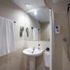 Отель Apartamentos Palacio Real Испания, Мадрид - отзывы, цены и фото номеров - забронировать отель Apartamentos Palacio Real онлайн ванная