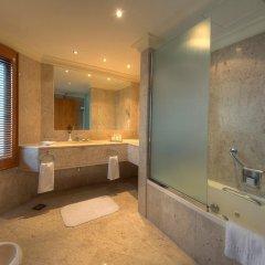 Отель Dubai Marine Beach Resort & Spa ОАЭ, Дубай - 12 отзывов об отеле, цены и фото номеров - забронировать отель Dubai Marine Beach Resort & Spa онлайн ванная