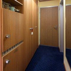 Отель STAY@Zurich Airport Швейцария, Глаттбруг - отзывы, цены и фото номеров - забронировать отель STAY@Zurich Airport онлайн интерьер отеля фото 2
