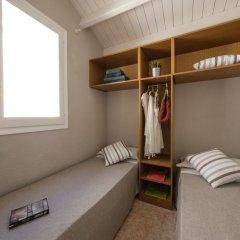 Отель Camping Vendrell Platja сейф в номере
