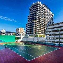 Отель Grand Hyatt Erawan Bangkok Таиланд, Бангкок - 1 отзыв об отеле, цены и фото номеров - забронировать отель Grand Hyatt Erawan Bangkok онлайн спортивное сооружение