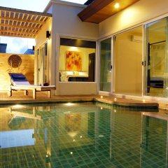 Отель Karon Beach Walk Villa бассейн