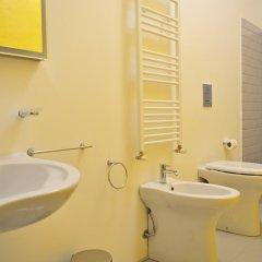 Отель B&B I 10 Mondi Италия, Милан - отзывы, цены и фото номеров - забронировать отель B&B I 10 Mondi онлайн ванная