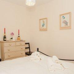 Апартаменты Beautiful 2 Bedroom Garden Apartment комната для гостей фото 3