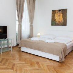 Апартаменты Welcome Apartment on Rybna комната для гостей фото 2