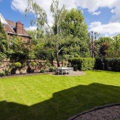 Отель Luxurious Hampstead Home with Gorgeous Garden фото 5