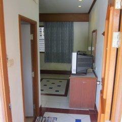 Отель Oasis Resort сейф в номере